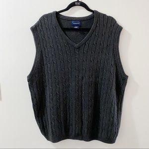 100% cotton oversized cable knit sweater vest